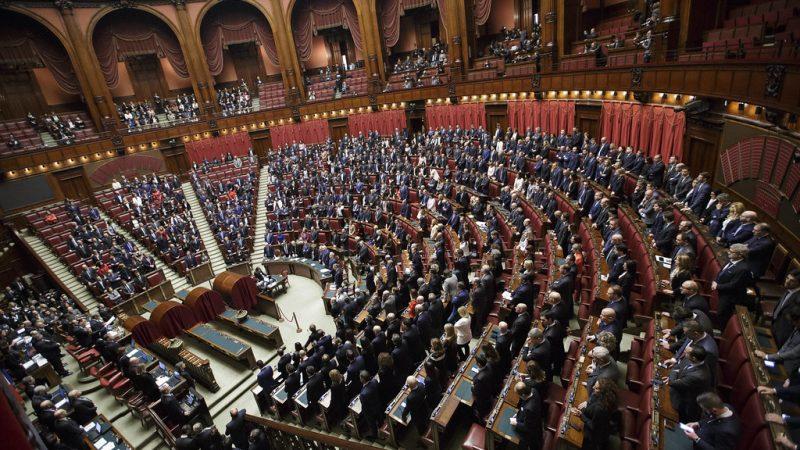 Decreto scuola, Camera vota la fiducia