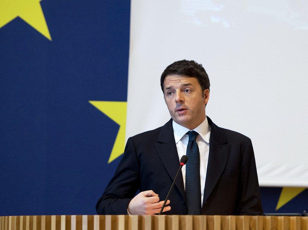 """Matteo Renzi incalza: """"vacciniamo insegnanti la prossima settimana""""."""