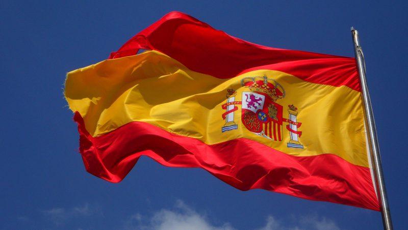 Governo spagnolo: due miliardi di euro per assumere nuovi insegnanti
