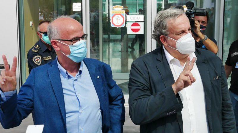 """Puglia approva il """"Piano Scuola"""" anti-covid: tre linee compresi i vaccini"""