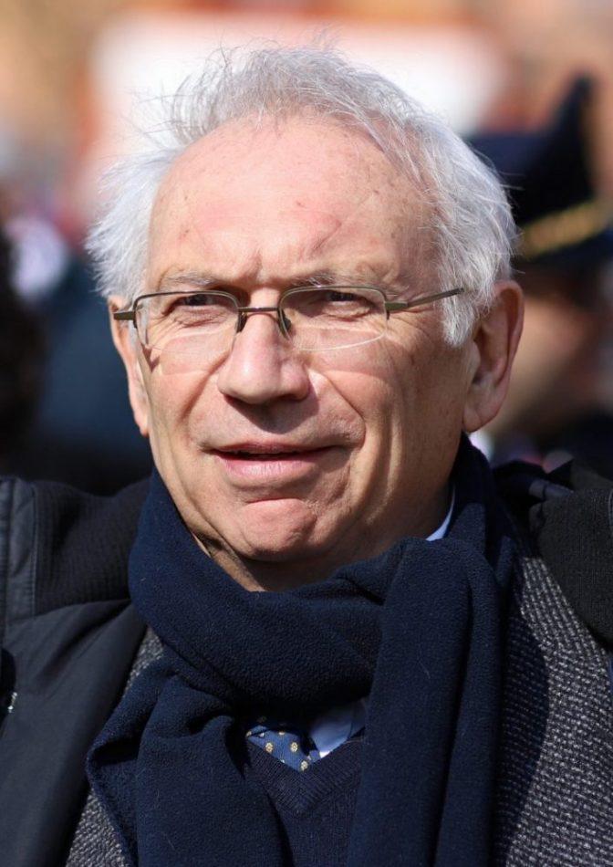 Il ministro Bianchi revoca l'incarico a Vespa